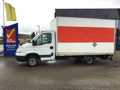 brugt Iveco Daily 35S18 Alukasse m/lift