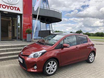 brugt Toyota Yaris 1,5 VVT-I H3 E-CVT 100HK 5d Aut.
