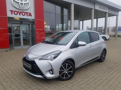 brugt Toyota Yaris Hybrid 1,5 Hybrid Smart E-CVT 100HK 5d