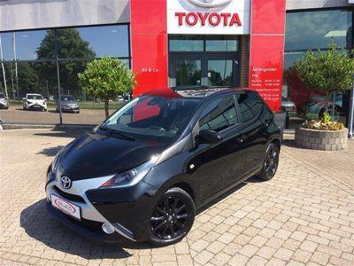 käytetty Toyota Aygo 1,0 VVT-I X-Black Safety Sense 69HK 5d