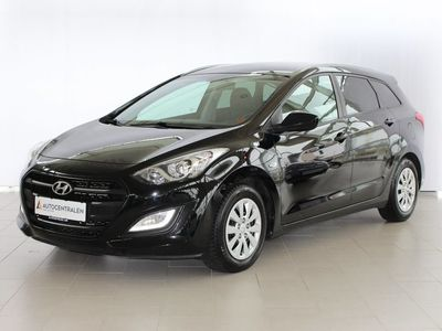 gebraucht Hyundai i30 1,6 CRDi 136 Premium+ CW DCT
