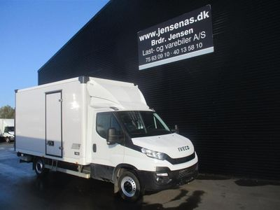 brugt Iveco Daily 35S18 ALUKASSE/LIFT AG8 3,0 D 180HK Ladv./Chas. 2017