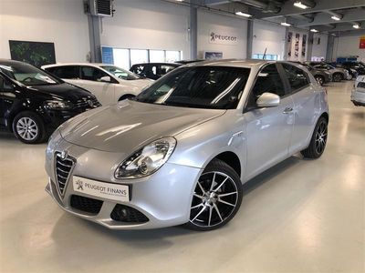 brugt Alfa Romeo Giulietta 1,4 TBI 16V Distinctive 120HK 5d 6g