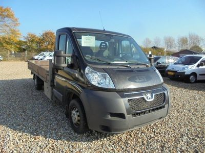 used Peugeot Boxer 335 2,2 HDi 150 Chassis L3