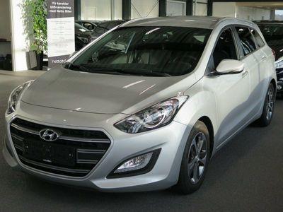 brugt Hyundai i30 1,6 CRDi 110 Go! CW