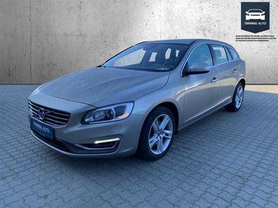 brugt Volvo V60 2,0 D3 Momentum 136HK Stc 6g - Personbil - Champmetal