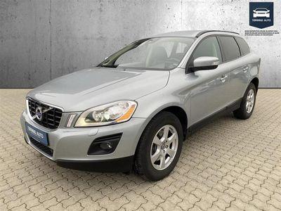 brugt Volvo XC60 2,0 D3 Kinetic 136HK 5d 6g Aut. - Personbil - Sølvmetal