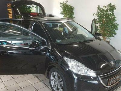 usata Peugeot 208 1,2 VTi Allure Sky