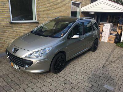 brugt Peugeot 307 307 2,0airvan 2.0i nedvejet til lav ejerafgift