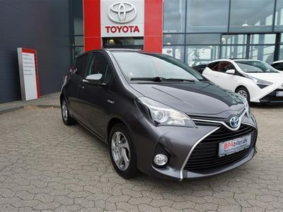 gebraucht Toyota Yaris Hybrid 1,5 B/EL E-CVT 100HK 5d Trinl. Gear
