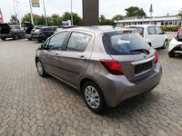 brugt Toyota Yaris Hybrid 1,5 VVT-I E-CVT 100HK 5d Aut. A+++