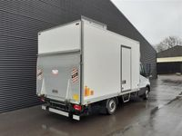 brugt Iveco Daily 35S13 Alu.kasse m/lift 2,3 D 126HK Ladv./Chas. 2015