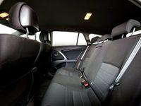 usata Toyota Avensis 2,2 D-CAT 150 T2 Touch stc. aut.