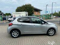 brugt Peugeot 208 1,2 VTi Envy Sky 82HK 5d
