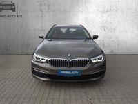 brugt BMW 520 d Touring 2,0 D Connected Steptronic 190HK Stc 8g Aut. - Personbil - Beigemetal