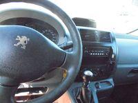 used Peugeot Expert 2,0 HDi 128 L2H1