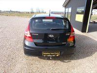 brugt Hyundai i30 1,6 CRDi DPF Classic 90HK 5d