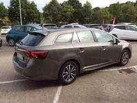 brugt Toyota Avensis Touring Sports 1,8 VVT-I Room 147HK Stc 6g