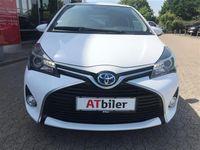 gebraucht Toyota Yaris Hybrid 1,5 B/EL Limited E-CVT 100HK 5d Trinl. Gear