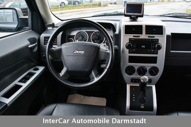 verkauft jeep patriot 2 4 cvt eco lim gebraucht 2008 km in darmstadt. Black Bedroom Furniture Sets. Home Design Ideas