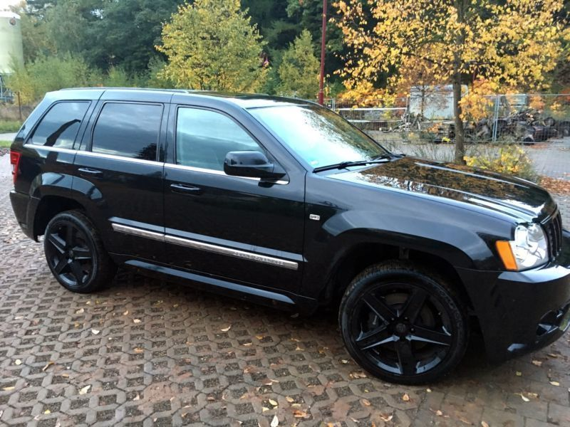 verkauft jeep grand cherokee 6 1 autom gebraucht 2007 km in nordrhein westfalen. Black Bedroom Furniture Sets. Home Design Ideas