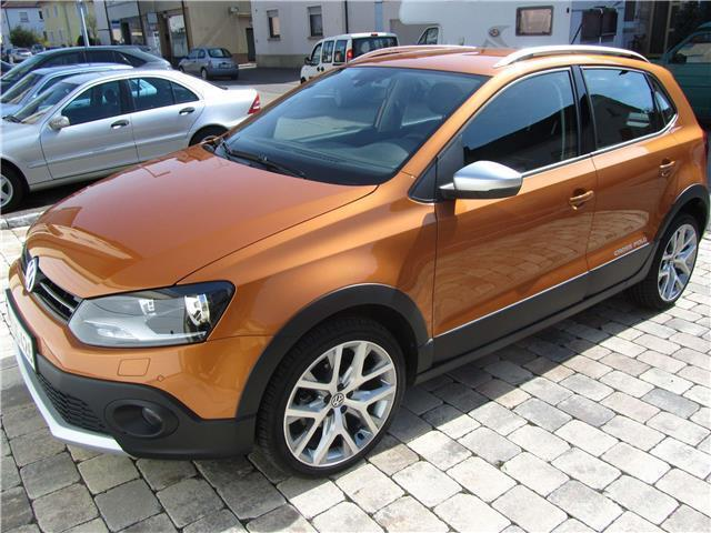 gebraucht vw polo cross 2015 km in neckarsulm autouncle. Black Bedroom Furniture Sets. Home Design Ideas