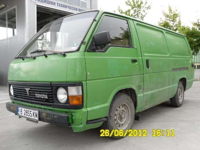 verkauft toyota hiace benzin gebraucht 1987 km. Black Bedroom Furniture Sets. Home Design Ideas