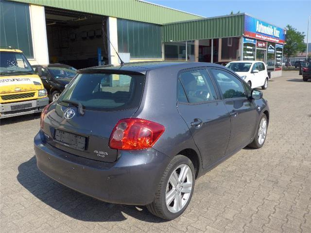verkauft toyota auris 2 2 d 4d d cat gebraucht 2007 km in konz. Black Bedroom Furniture Sets. Home Design Ideas