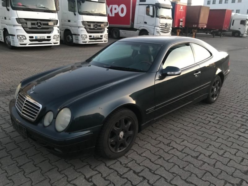 verkauft mercedes clk320 coupe gebraucht 2000 km in k ln. Black Bedroom Furniture Sets. Home Design Ideas