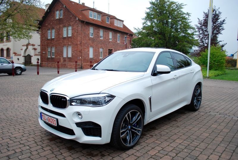 verkauft bmw x6 m vollausstattung gebraucht 2015. Black Bedroom Furniture Sets. Home Design Ideas