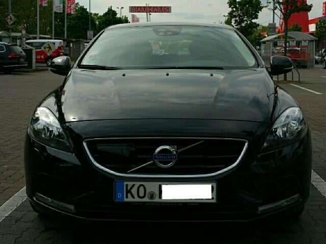 verkauft volvo v40 d3 geartronic summum gebraucht 2013 km in koblenz. Black Bedroom Furniture Sets. Home Design Ideas