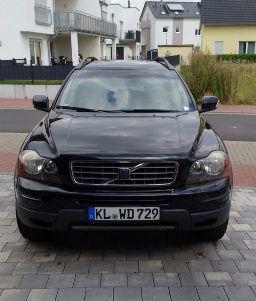 verkauft volvo xc90 d5 momentum gebraucht 2007 km in berlin. Black Bedroom Furniture Sets. Home Design Ideas