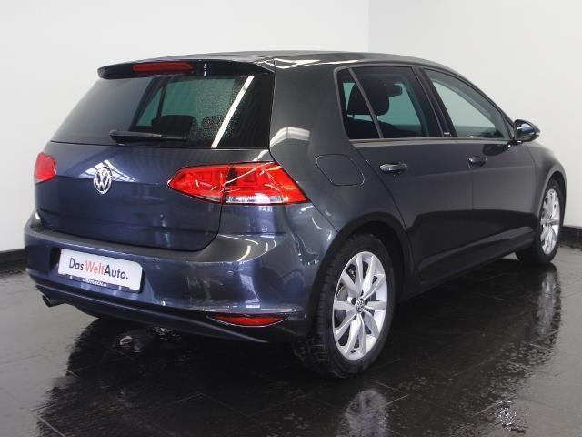 verkauft vw golf vii 1 6 tdi dsg r lin gebraucht 2016 km in dresden. Black Bedroom Furniture Sets. Home Design Ideas