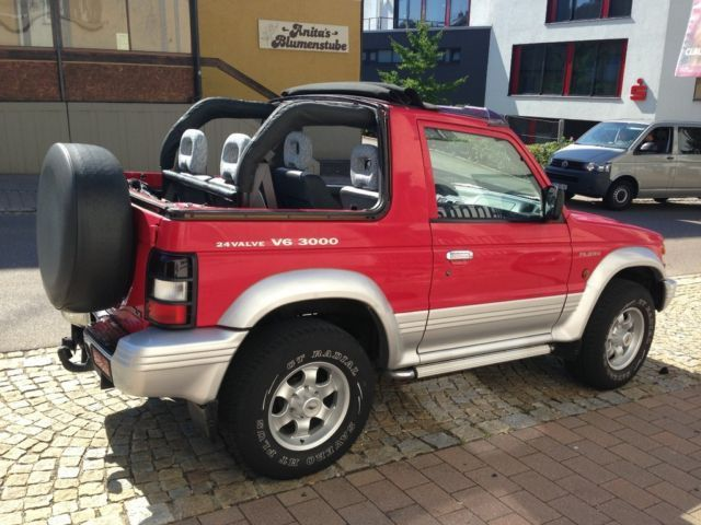 verkauft mitsubishi pajero cabrio 3 0 gebraucht 2000 km in heidenheim. Black Bedroom Furniture Sets. Home Design Ideas
