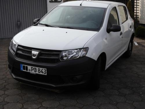 gebraucht 1 2 16v 75 essentiel dacia sandero 2015 km in melsungen. Black Bedroom Furniture Sets. Home Design Ideas