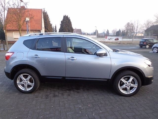 verkauft nissan qashqai tekna 2 0 cvt gebraucht 2012 km in gronau. Black Bedroom Furniture Sets. Home Design Ideas