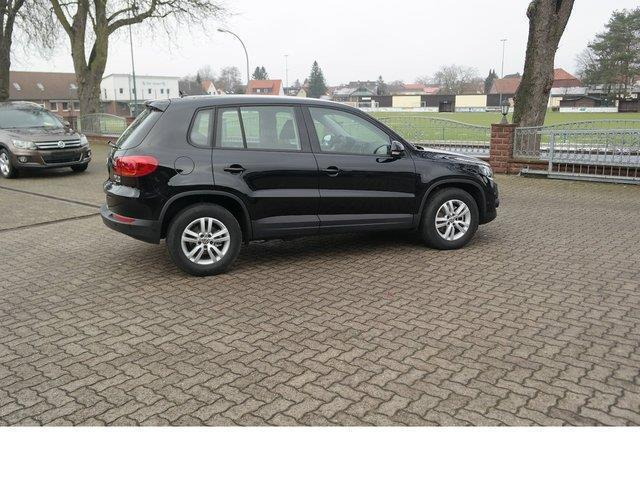 verkauft vw tiguan 2 0 trendline bluem gebraucht 2016 km in vordorf. Black Bedroom Furniture Sets. Home Design Ideas