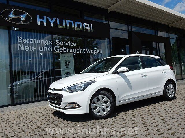 verkauft hyundai i20 1 2 classic go ii gebraucht 2017 km in oberhausen. Black Bedroom Furniture Sets. Home Design Ideas