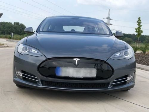 verkauft tesla model s p85 vollaussta gebraucht 2014. Black Bedroom Furniture Sets. Home Design Ideas