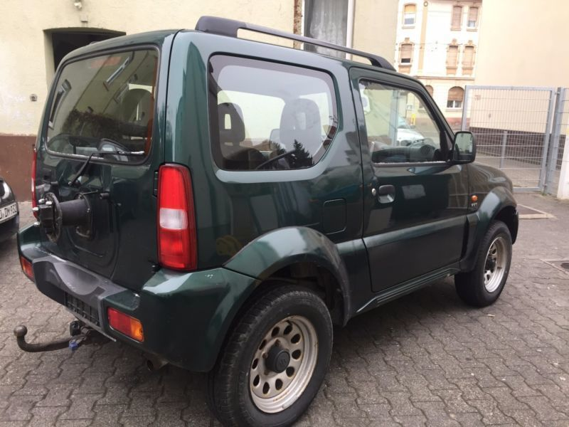 verkauft suzuki jimny gebraucht 2005 km in hohenstein. Black Bedroom Furniture Sets. Home Design Ideas