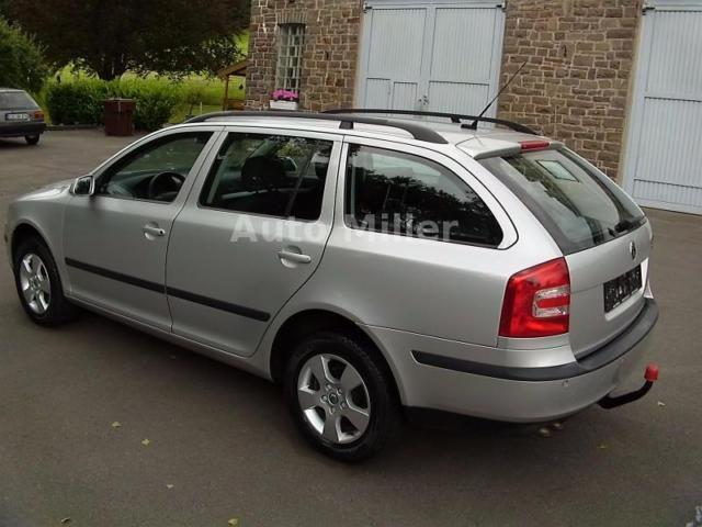 verkauft skoda octavia 1 9 tdi combi t gebraucht 2006 km in bergkamen. Black Bedroom Furniture Sets. Home Design Ideas