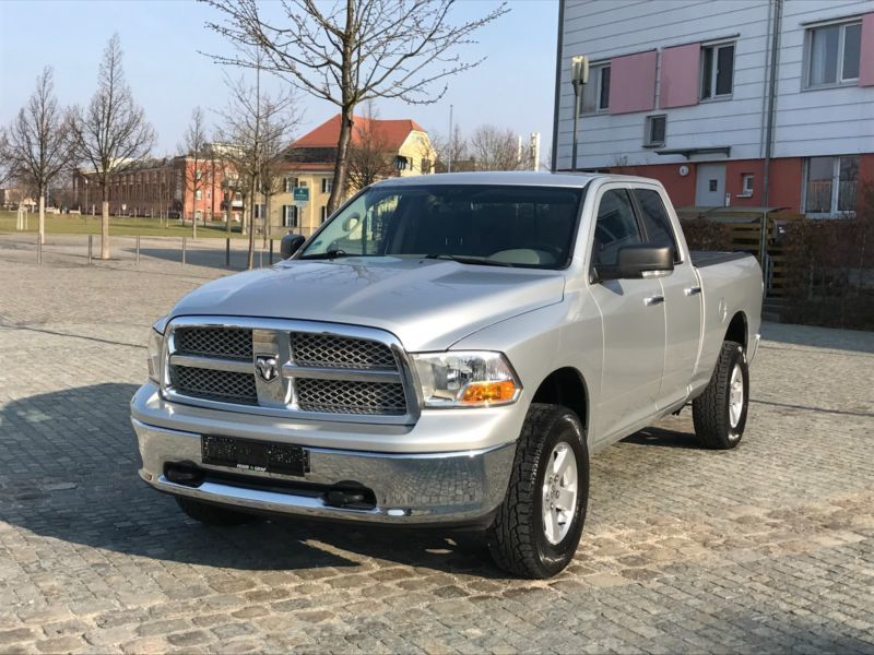 verkauft dodge ram 5 7 hemi 4x4 lpg ga gebraucht 2013 km in n rnberg. Black Bedroom Furniture Sets. Home Design Ideas
