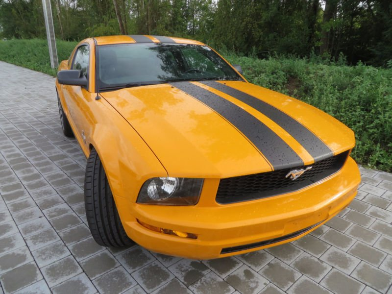 verkauft ford mustang 4 0 v6 sonderaus gebraucht 2007 km in sonnefeld. Black Bedroom Furniture Sets. Home Design Ideas
