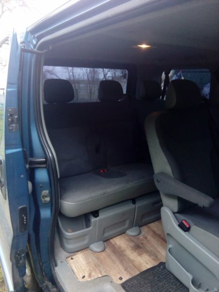 verkauft opel vivaro 2 5 familienbus gebraucht 2005 250. Black Bedroom Furniture Sets. Home Design Ideas