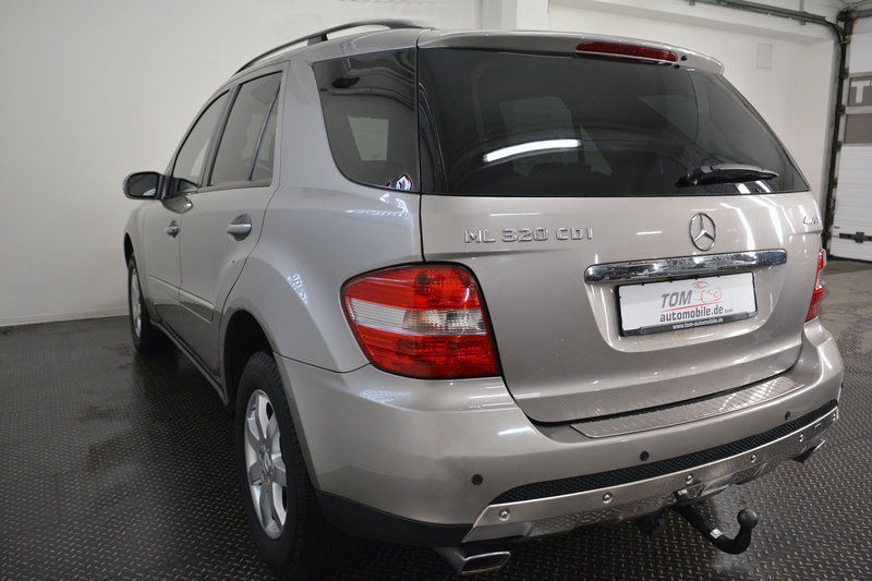 verkauft mercedes ml320 cdi leder navi gebraucht 2007 km in dresden. Black Bedroom Furniture Sets. Home Design Ideas