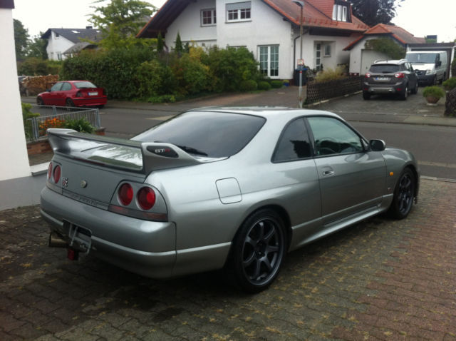 verkauft nissan skyline r33 gtr deutsc gebraucht 1997. Black Bedroom Furniture Sets. Home Design Ideas