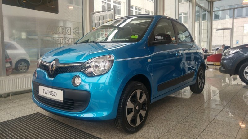 verkauft renault twingo limited sce 70 gebraucht 2016 0 km in hennigsdorf. Black Bedroom Furniture Sets. Home Design Ideas
