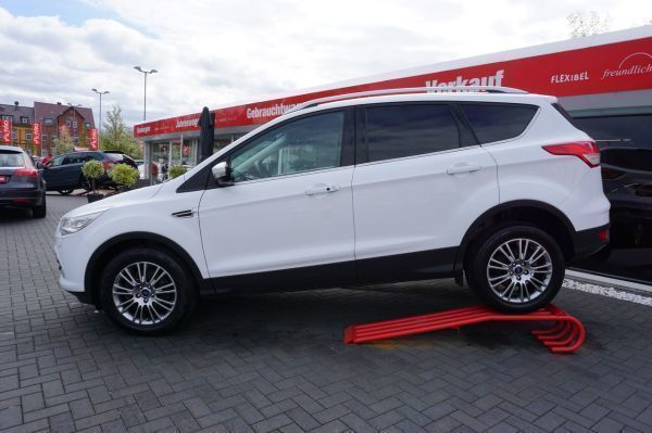 gebraucht 2 0 tdci titanium 4x4 xenon navi leder auto ford kuga 2014 km in k then. Black Bedroom Furniture Sets. Home Design Ideas