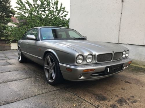 verkauft jaguar xjr 4 0 v8 supercharge gebraucht 1999 km in georgsmarienh tte. Black Bedroom Furniture Sets. Home Design Ideas