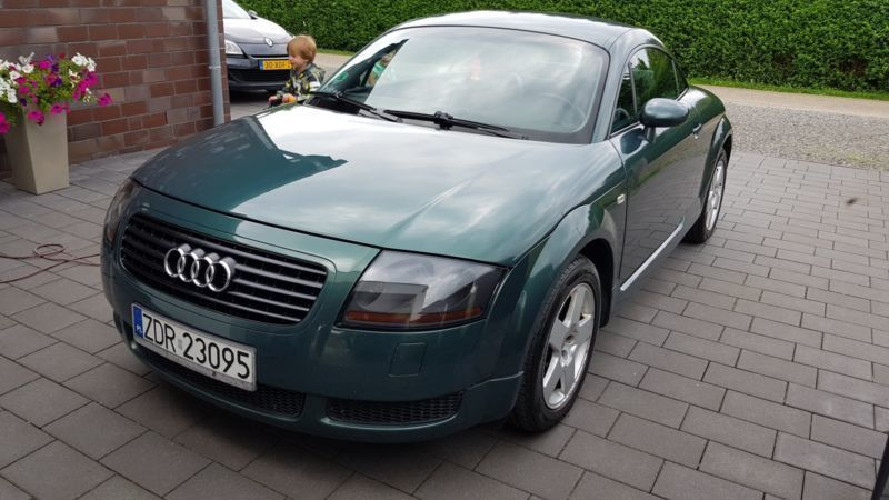 verkauft audi tt coupe 1 8 t polnische gebraucht 2001 km in kleve. Black Bedroom Furniture Sets. Home Design Ideas